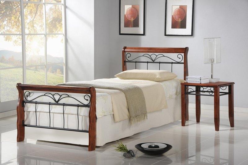 Kovácsolt vas ágy