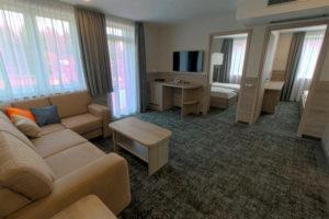 egyedi bútor tervezés szállodabútor