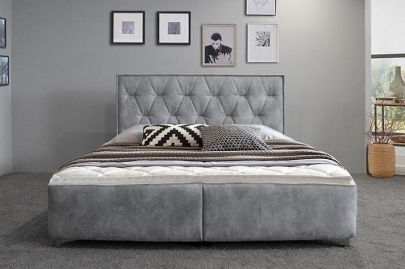 Andalúzia franciaágy matraccal
