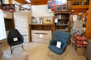 modern bútorok, fotel, nappali